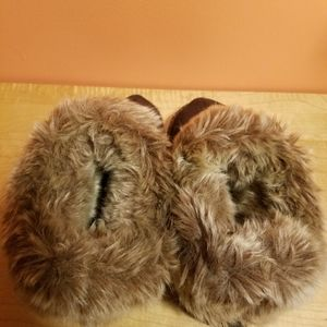 isotoner Shoes - Women slippers